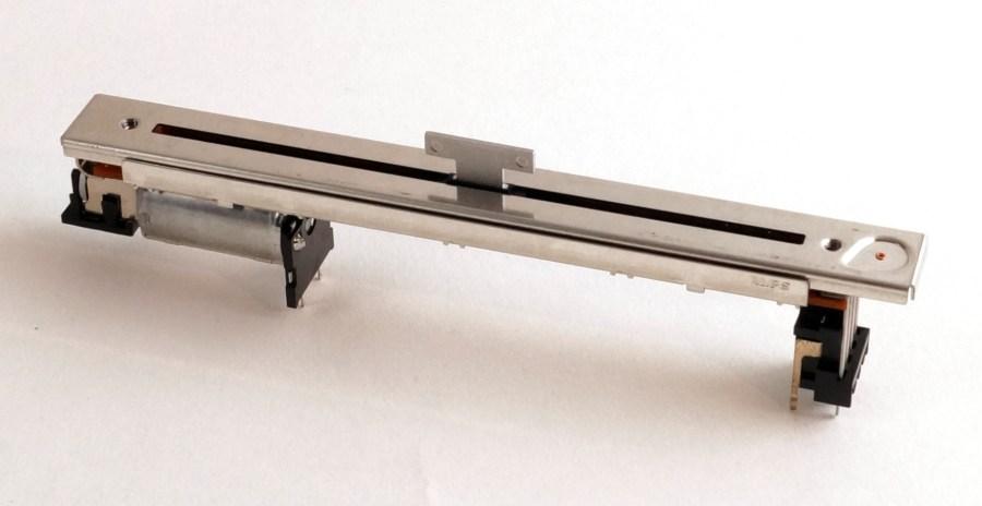 Fader linéaire 10K motorisé pour YAMAHA DM2000 - ZX419000