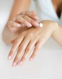 Oorzaak van verouderde huid handen