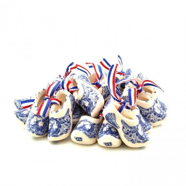 500 voor 10 paar Delfts blauwe klompjes