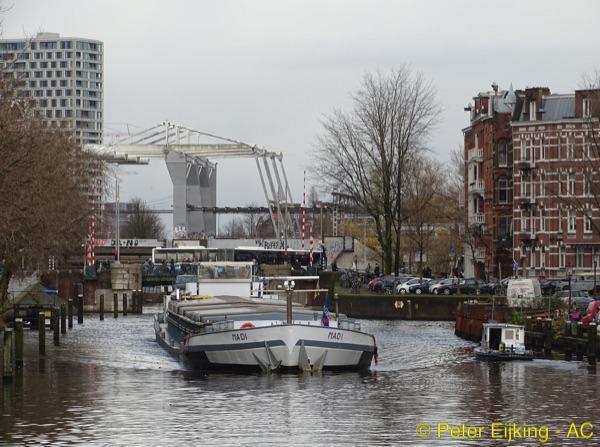 Singelgracht – Houtmanspoorbrug-600×447-PE-wm