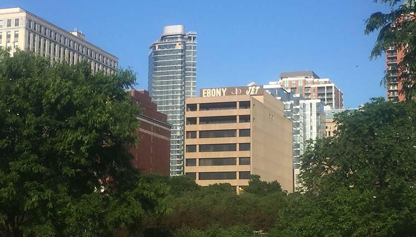 Ebony Jet Building in Chicago (240397)