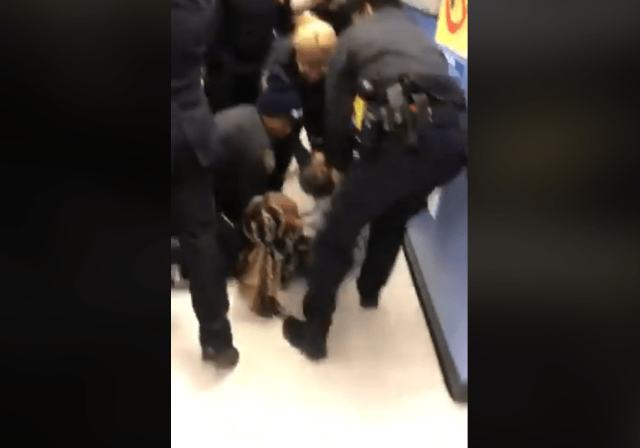 Woman arrested at Human Resources Administration office in Brooklyn (272683)
