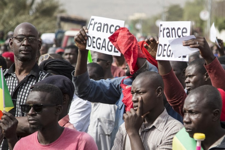 Mali protest against French (303752)