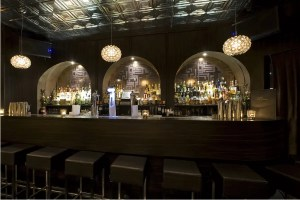 Door 74 Amsterdam bar