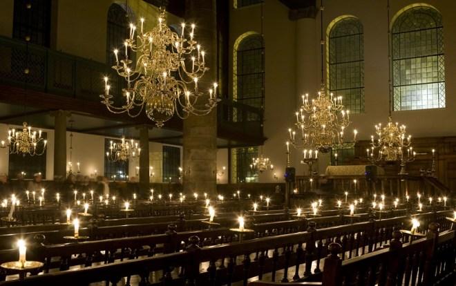 portugese-synagoge-kaarsen