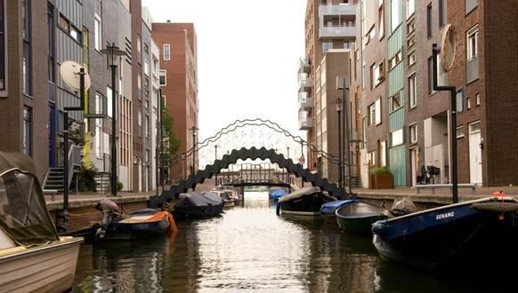java-island-architecture-5-amsterdam-water-sensations-2010-fot-geert-snoeijer-mobile