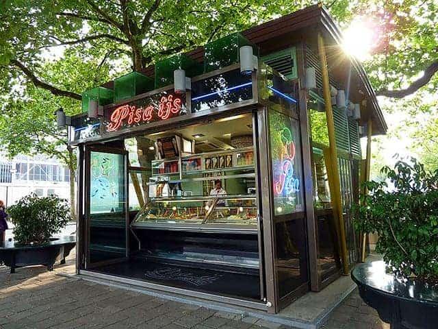 shops-food-pisa-ice