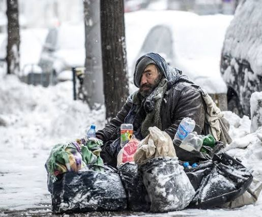 homeless in snow country