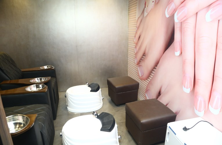 Toni & Guy launch their newest outlet in Sholinganallur, Old Mahabalipuram Road,