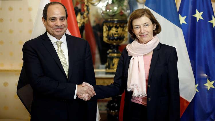 الرئيس السيسي مع وزيرة الدفاع الفرنسية