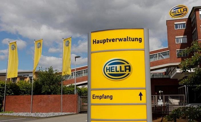 هيلا الألمانية لصناعة السيارات
