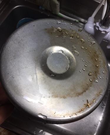 アムウェイ掃除商品:鍋、キッチンを綺麗にするのは?金属クリーナーの出番!