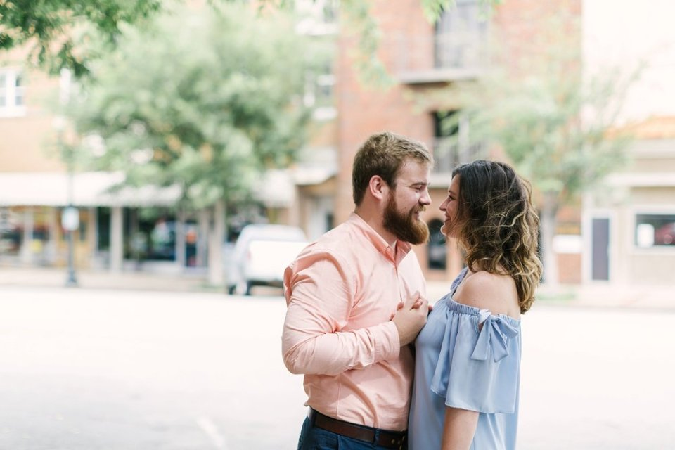 Columbia Tennessee Hometown Engagement Session | Amy Allmand photography