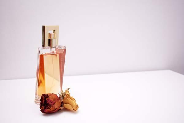 parfum-bottle