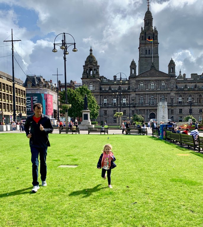 Family Travel Guide to Glasgow - George Square in Glasgow is a nice place to stop and let the kids out to run around. There are several green spaces to play, benches to rest and monuments, statues and buildings to see!