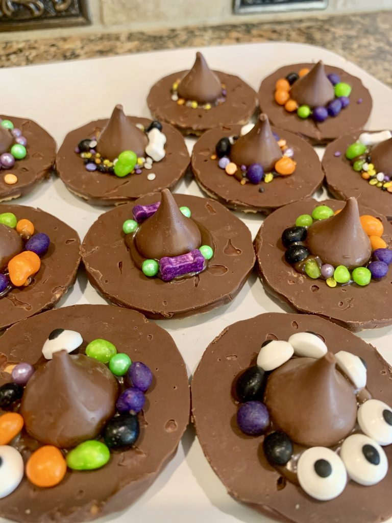 Witches hats are easy Halloween themed treats that you can make at home with your kids! You only need 4 things and there isn't much of a mess!