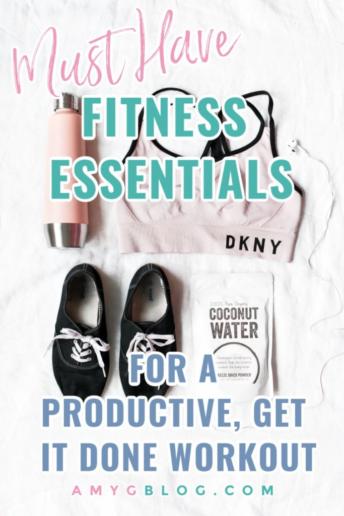 Everything you need for a productive workout! #gymbagnecessities #musthavegymgear #musthavefitnessessentials #momfitnessessentials