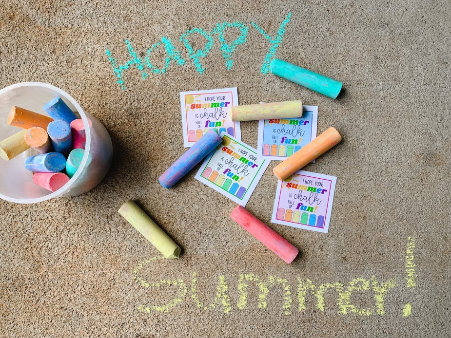 End of year free chalk gift tag printable
