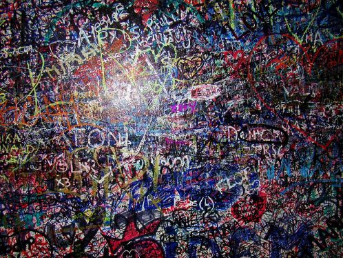1024px-Juliet's_wall_with_names