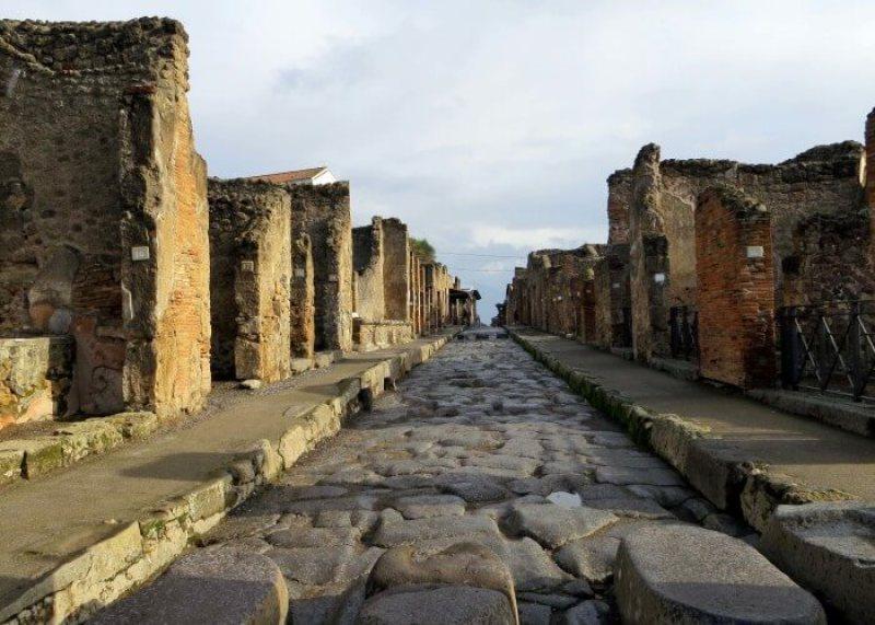Pompeii Ruins   Courtesy of sharedtoursinitaly.com