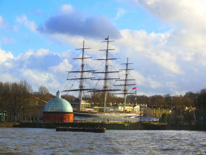 Just a quick boat ride down the Thames, you will find the adorable Royal Borough of Greenwich, England aka the perfect day trip from London.
