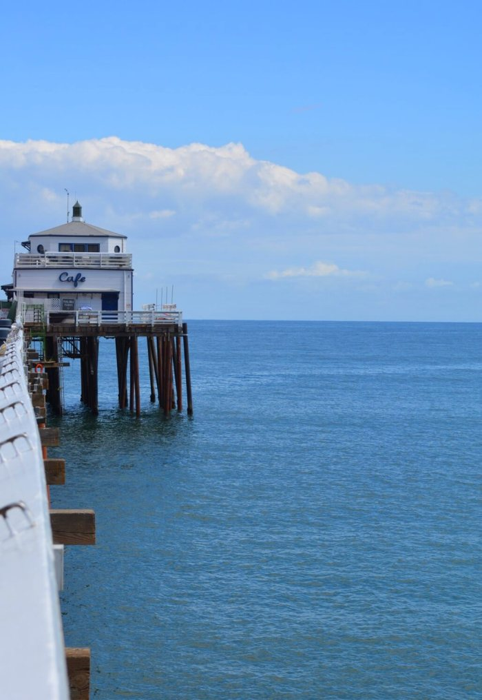 The Malibu Pier - A day trip to Malibu is always a great idea! 21 miles of scenic beauty & tons of yummy eats + drinks does not disappoint! #californialovin