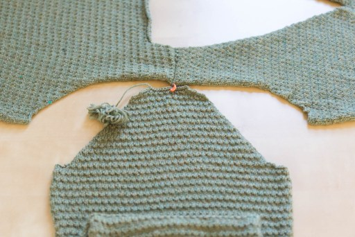 sleeve-cap-seaming-pictures-3