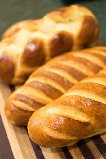 yom-bread-1