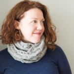 shibui-cabled-cowl-modeled-4