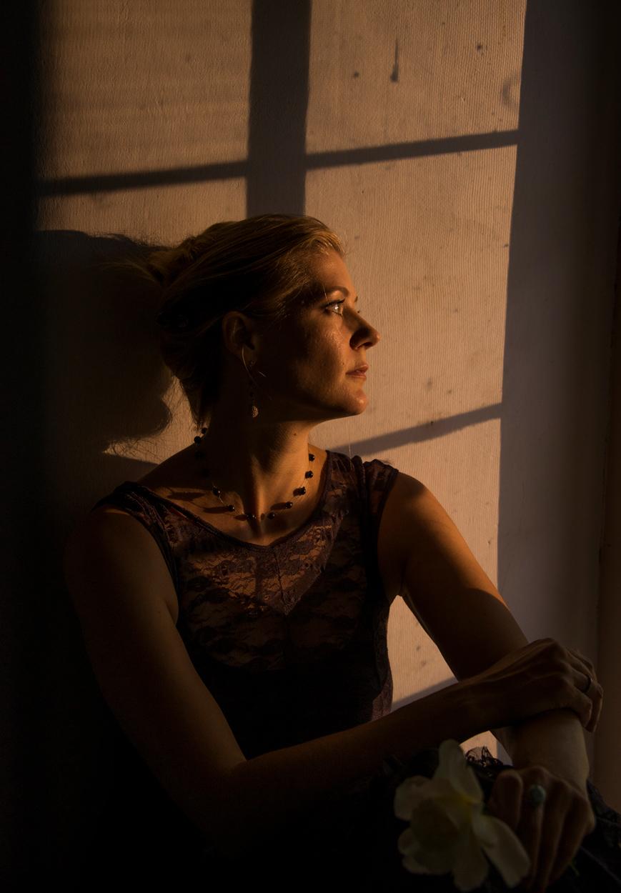 Amy Hulse at Los Luceros Hacienda © Sally Harmon Photography