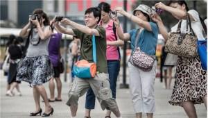 Chinese-Tourists-Bad-Behaviour