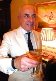 Alessandro Palazzi serves up a Dukes Vesper martini.