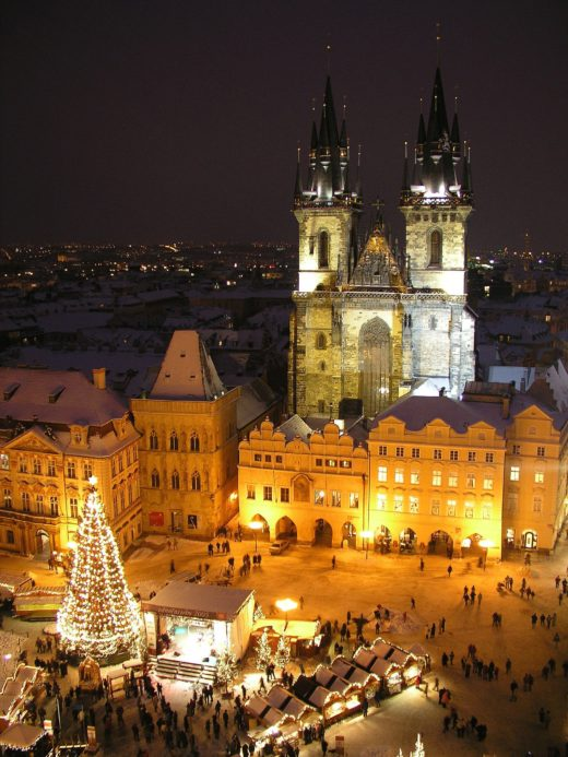 The spires of Tyn Church tower over the Old Town Christmas market, one of the most picturesque in Prague. ©Prague Information Service/www.praguewelcome.cz.