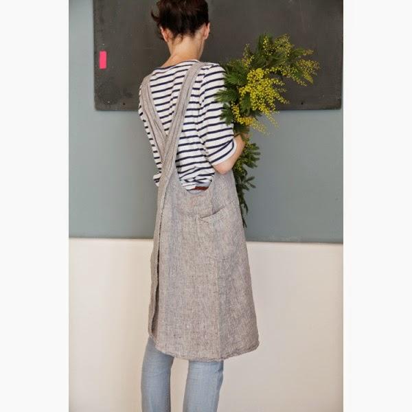 japanese-washed-linen-apron-light-gray-mottled