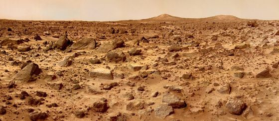 The surface of Mars as seen by the Mars Pathfinder vessel. Official NASA photo