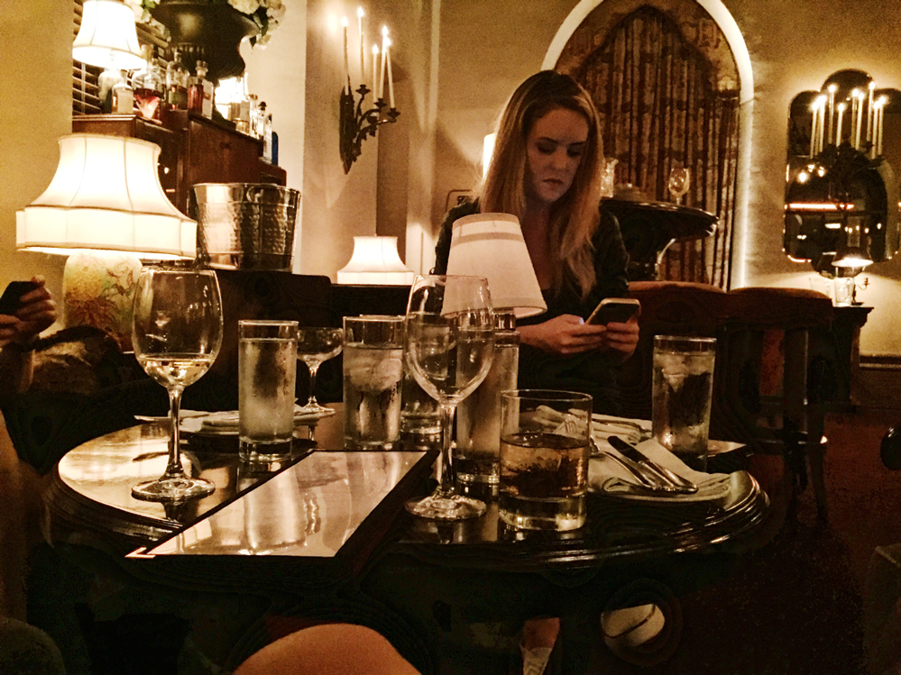 chateau marmont hotel lounge