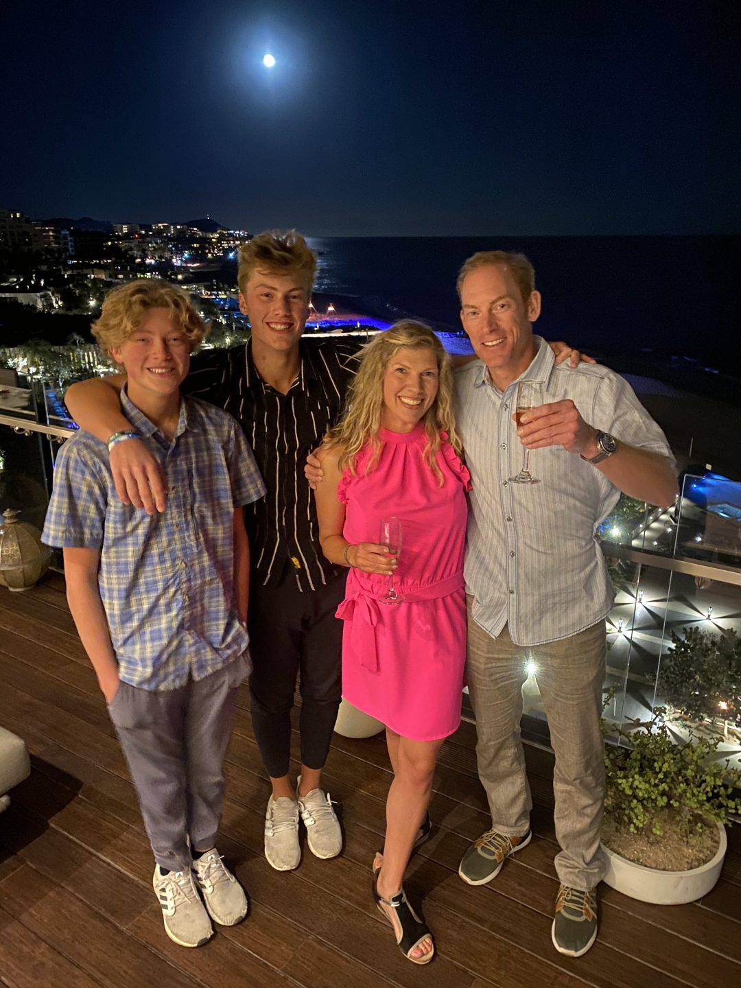 amy nakos family in cabo