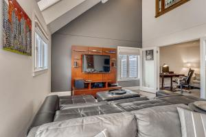 5 Bedroom Keystone Condo for Sale 10