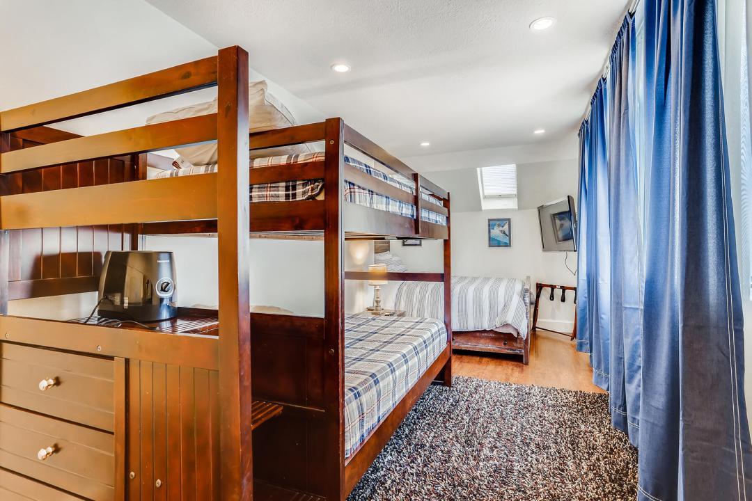 5 Bedroom Keystone Condo for Sale 12
