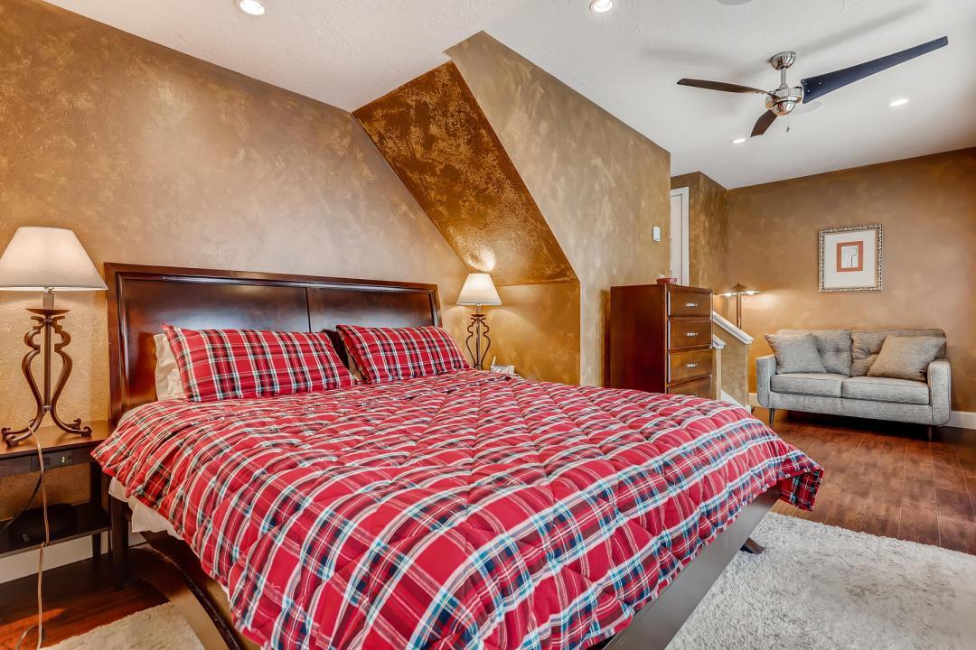 5 Bedroom Keystone Condo for Sale 23