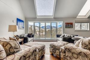 5 Bedroom Keystone Condo for Sale