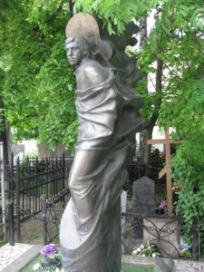 Vysotsky gravestone