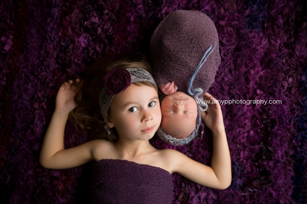 sisters, newborn, studio, newborn photographer