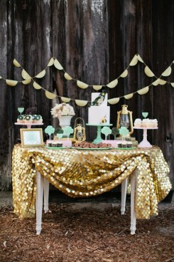Gorgeous Glittery Tablescape