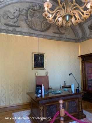 Pope's Desk.jpg