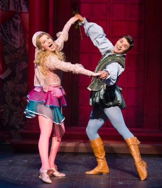 Opera North's production of Cole Porter's Kiss Me, Kate