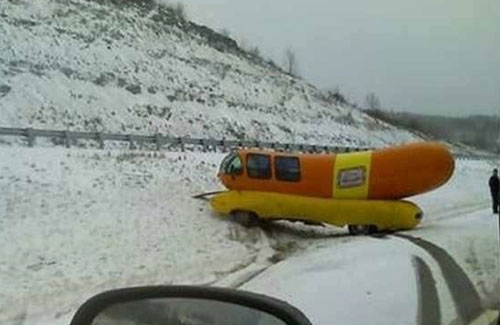 Wienermobile Crashes Northern Pennsylvania on oscar mayer weiner accident