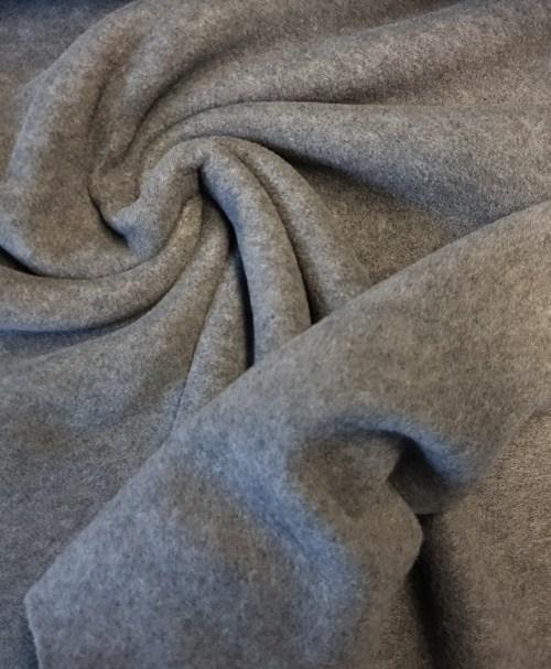 Reststück 0,3m 3€ Fleece grau meliert
