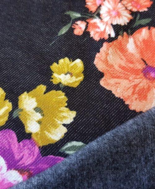 Alpenfleece große Blumen Denimlook schwarz