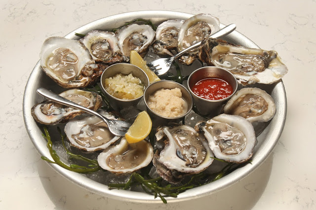 Oysters from IL DESCO